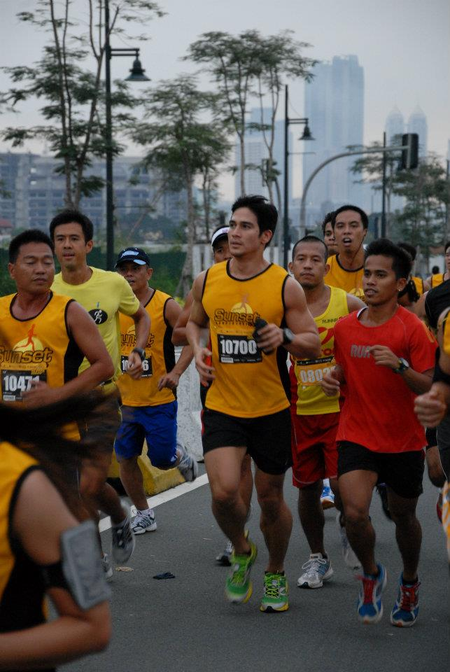 Sunpiology: Piolo and the Pack