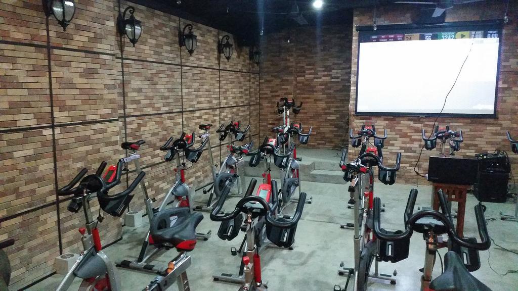 Saddle Row Cycling and Rowing Studio