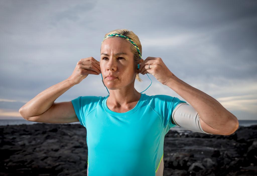 Mirinda Carfrae 3 time World Ironman Champion wears yurbuds