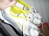 "Nike Women ""Track Runner Lace"""